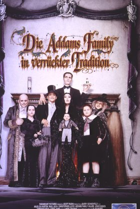 Die Addams Family in verrückter Tradition