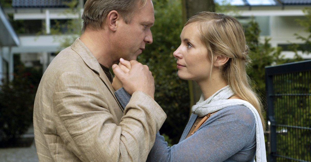 Dornröschen erwacht Film (2005) · Trailer · Kritik · KINO de