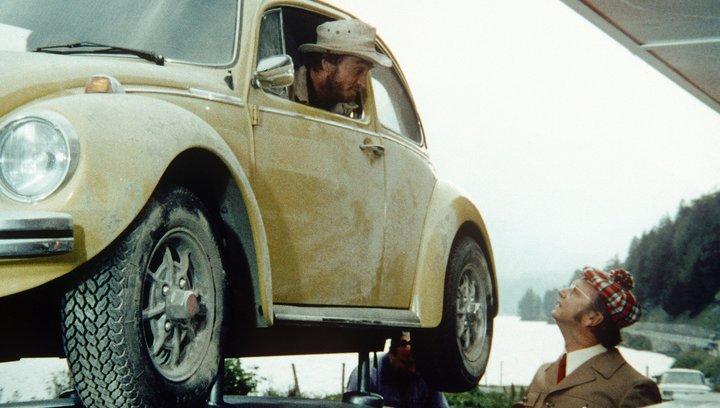 Ein Käfer auf Extratour - Trailer Poster