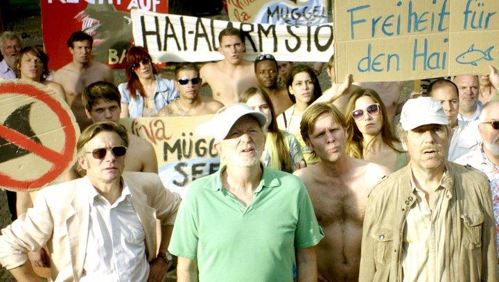 Hai-Alarm am Müggelsee - Trailer Poster