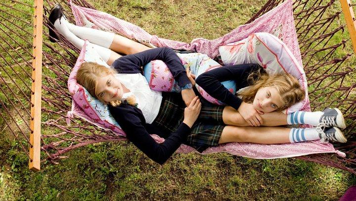 Hanni & Nanni 2 - Trailer Poster