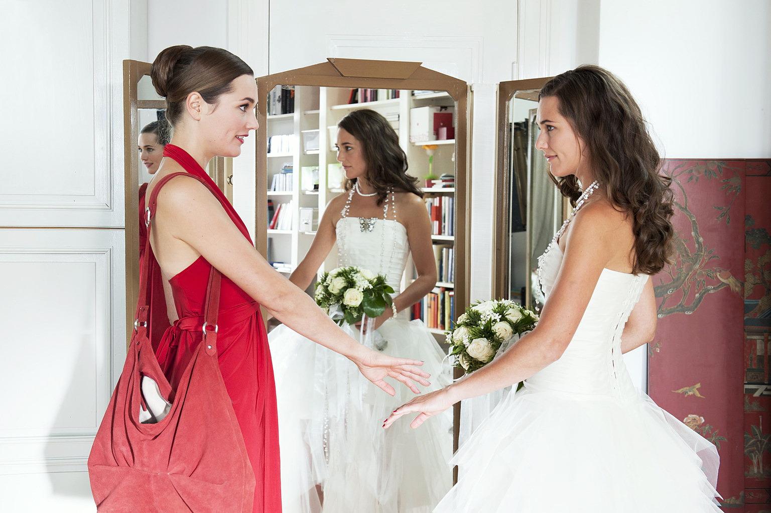 Im Brautkleid meiner Schwester Film (2011) · Trailer · Kritik · KINO.de