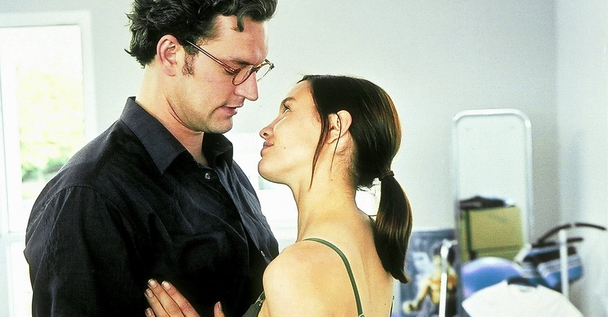 Kubaner küssen besser Film (2002) · Trailer · Kritik · KINO.de