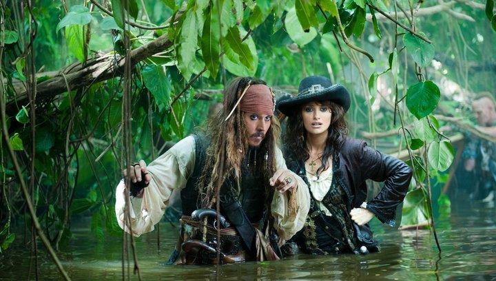 Pirates of the Caribbean - Fremde Gezeiten (Superbowl-Tr) - Trailer Poster