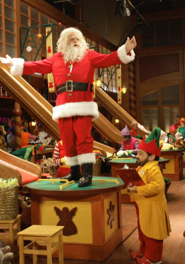 Santa Pfotes großes Weihnachtsabenteuer Poster