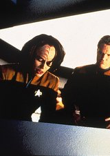 Star Trek - Voyager 3.12: Distant Origin/Displaced