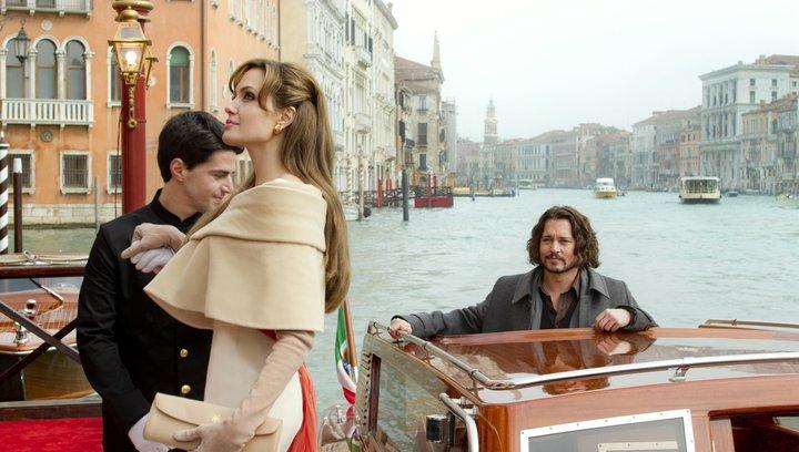 The Tourist (BluRay-/DVD-Trailer) Poster