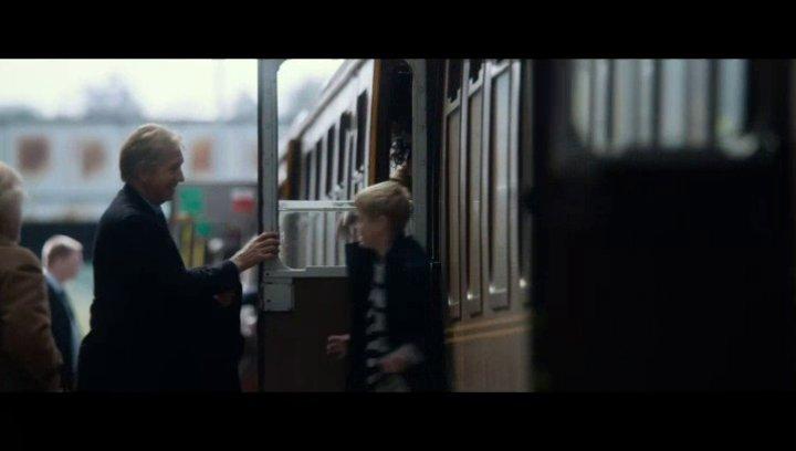 Das erste Rendezvous am Bahnhof - Szene Poster
