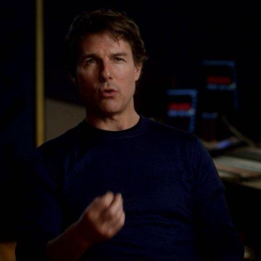 Tom Cruise (Ethan Hunt) über Rebecca Ferguson - OV-Interview Poster