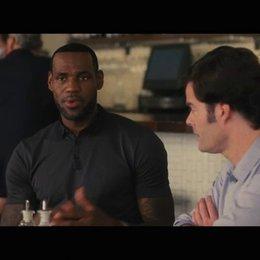 LeBron spricht mit Aaron über Cleveland - Szene Poster