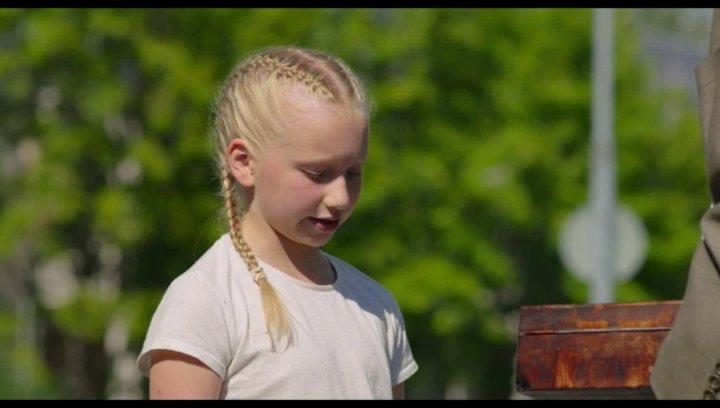 Vilja und die Räuber - Trailer Poster