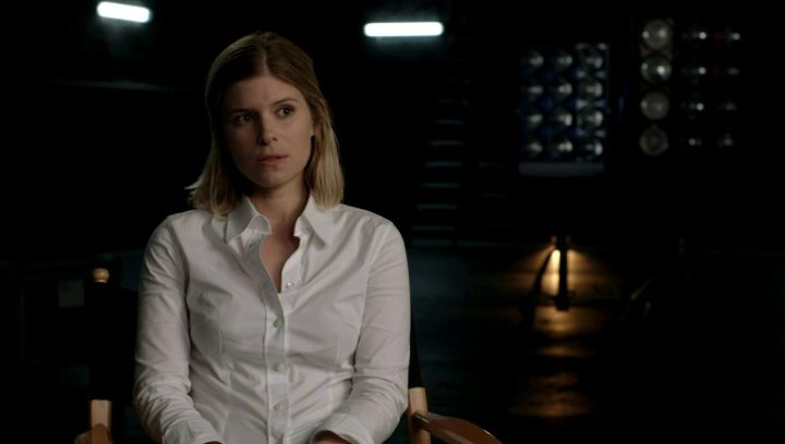 Kate Mara über die wenigen Frauen in Superheldenfilmen - OV-Interview Poster