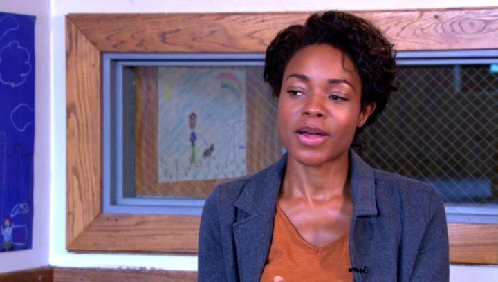 Naomie Harris über die Moral des Films - OV-Interview Poster