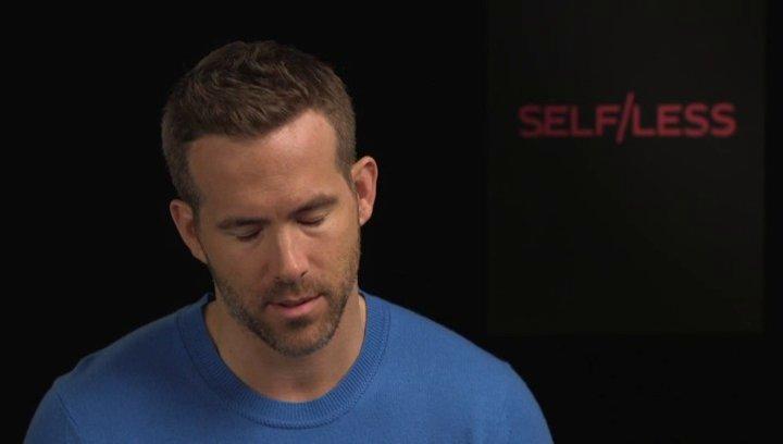 Ryan Reynolds - junger Damian - darüber was ihn an unorthodoxen Geschichten fasziniert - OV-Interview Poster