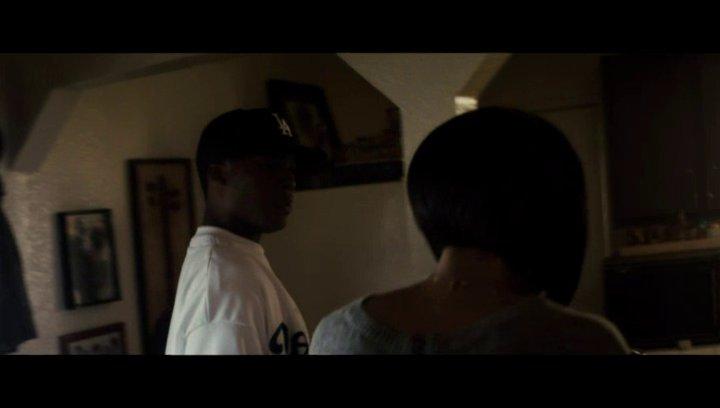 Dr Dre streitet mit seiner Mutter - Szene Poster