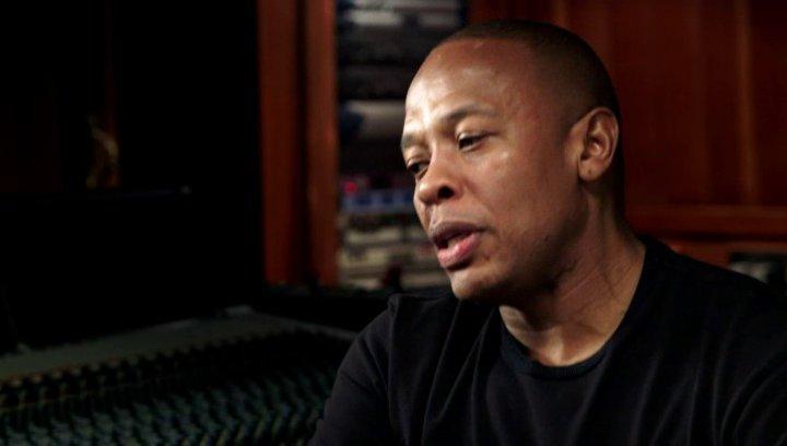 Dr Dre über seine Beteiligung am Film - OV-Interview Poster