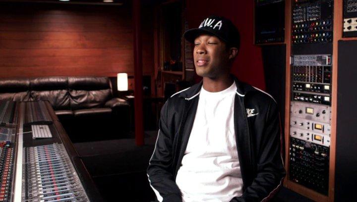 Corey Hawkins über die Zusammenarbeit mit Dr Dre - OV-Interview Poster