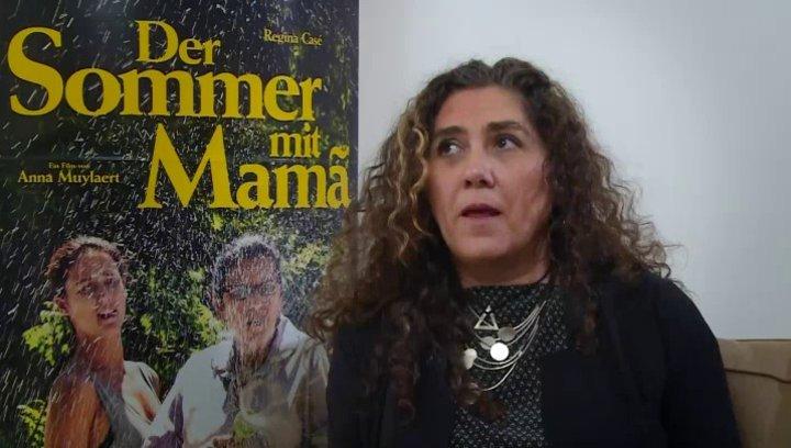 Anna Muylaert über die Grenzen zur Dienstherrschaft - OV-Interview Poster