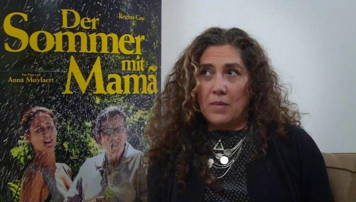 Anna Muylaert darüber, ob der Film das Gewohnheitsrecht zwischen Arm und Reich attackiert - OV-Interview Poster