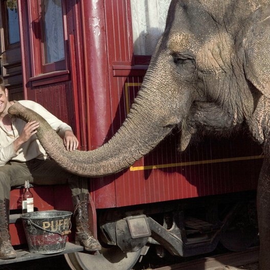 Wasser für die Elefanten - Trailer Poster