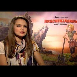 """EMILIA SCHÜLE - """"Astrid"""" (deutsche Stimme) über das Drachentraining - Interview"""