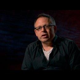 Bill Condon (Regisseur) - über die Arbeit mit Robert Pattinson und Kristen Stewart - OV-Interview