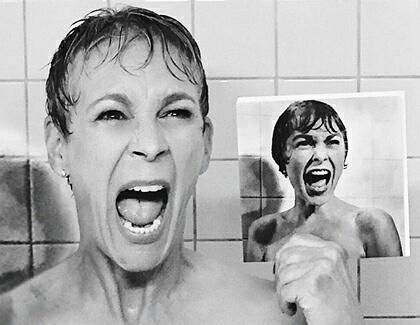 mutter unter der dusche