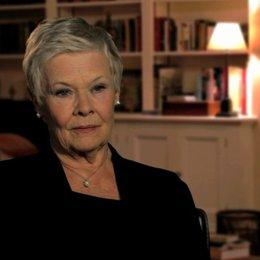 Judi Dench über die Autorität ihrer Rolle - OV-Interview