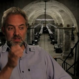 Sam Mendes über die Herausforderung einen BOND-Film zu machen - OV-Interview