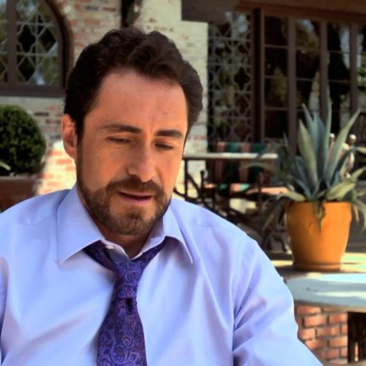 Demian Bichir über Alex - OV-Interview