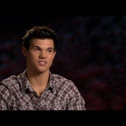 Taylor Lautner (Jacob Black) - über Stephenie Meyer - OV-Interview