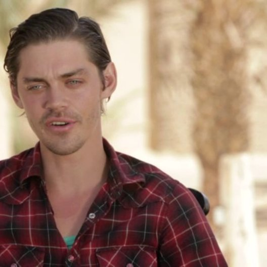 Tom Payne darüber, was er an Rob Cole mag - OV-Interview