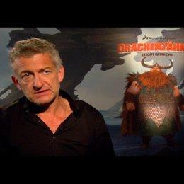 """DOMINIC RAACKE - """"Haudrauf - der Stoische"""" (deutsche Stimme) über das Drachentraining - Interview"""
