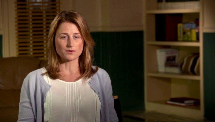Mamie Gummer über die Dreharbeiten - OV-Interview Poster