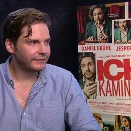 Daniel Brühl über seine Rolle - Interview Poster