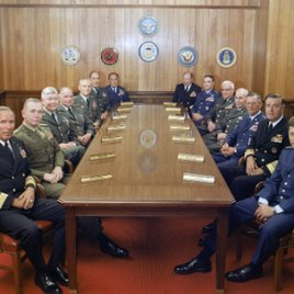 """Where to Invade Next"": Erster Trailer zu Michael Moores neuer Dokumentation"