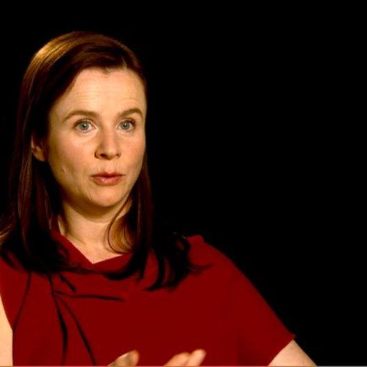 Emily Watson (Rosie Narracott) über das internationale Ensemble - OV-Interview