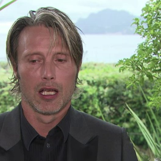 Mads Mikkelsen (Lucas) über Lügen - OV-Interview