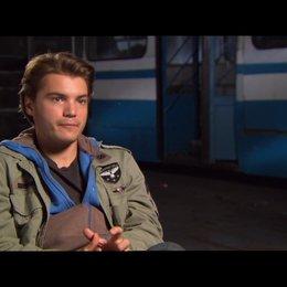 Emile Hirsch (Sean) über das was der Film den Zuschauern bieten wird - OV-Interview