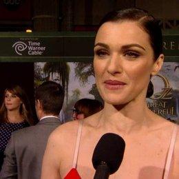 US Premiere - Rachel Weisz (Evanora) über die Arbeit an diesem Projekt - OV-Interview