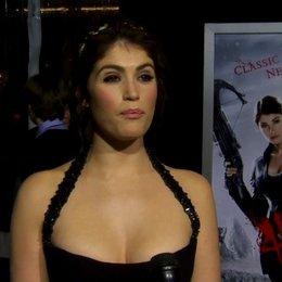 US Premiere - Gemma Arterton - Gretel - über das Märchen im Original - OV-Interview