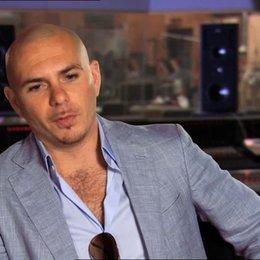 Pitbull - Bufo - über die Zusammenarbeit mit der übrigen Besetzung - OV-Interview