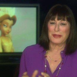 Anjelica Huston - Qüen Clarion - über Tinkerbell - OV-Interview