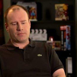 Kevin Feige - Produzent - über Tony Stark bzw Iron Man als Held - OV-Interview