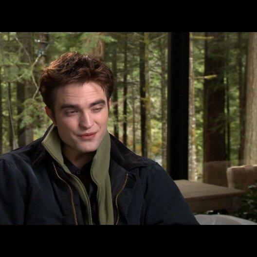 Robert Pattinson (Edward Cullen) - über die Schwangerschaft von Bella - OV-Interview