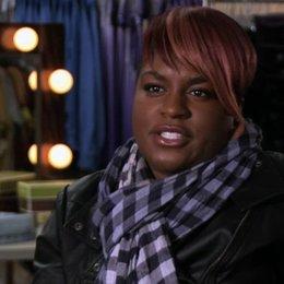 Ester Dean über die Treblemakers - OV-Interview