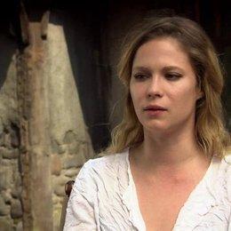 Pihla Viitala - Mina - über Gemma Arterton - OV-Interview