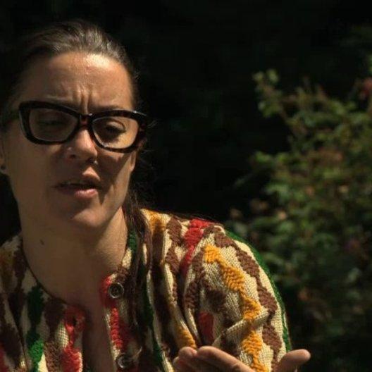 Verity Hawkes über das Kostümdesign von Tim und Mary - OV-Interview