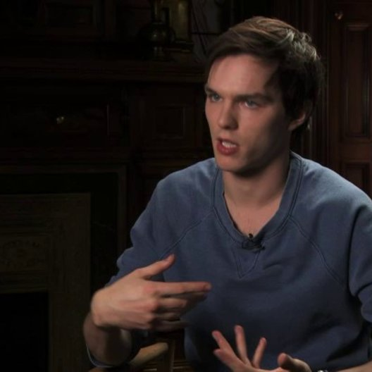 Nicholas Hoult über die verschiedenen Zombie-Typen - OV-Interview
