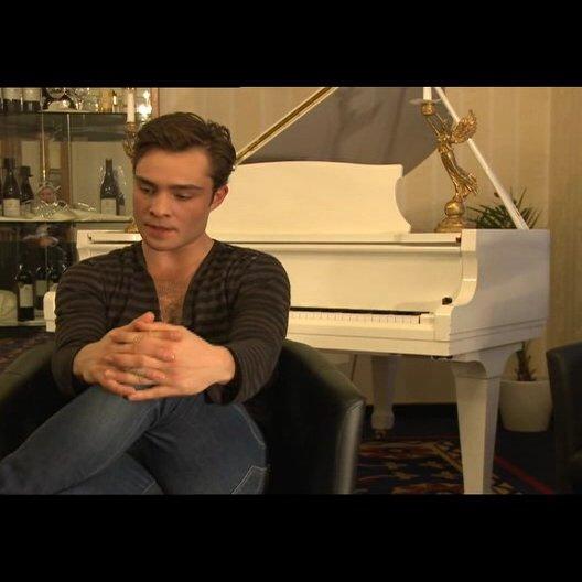 Ed Westwick (Jonny) über Liebesfilme - OV-Interview